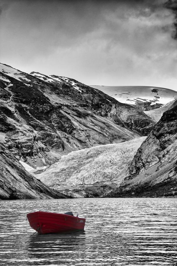 N_Red_Boat